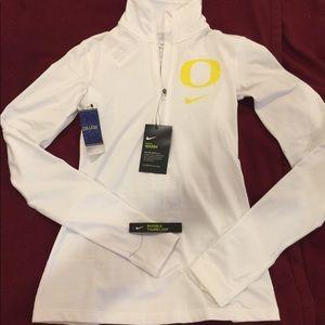 Authentic Nike dri-fit college sportswear - UO